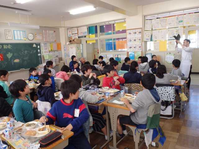 さいたま市立浦和大里小学校 平成29年11月17日(金) 地元シェフによる ...